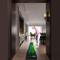QINYUP Putter Ginnico Golf Exerciser Golf Indoor Accessori per la Sfera Automatica Ritorno...